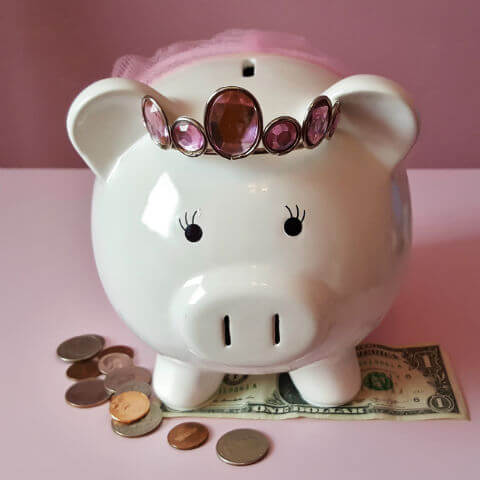 pink-piggy-bank-square