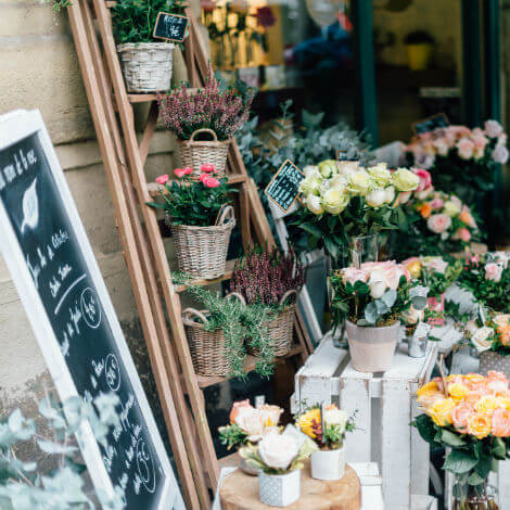 small-business-banking-florist-square